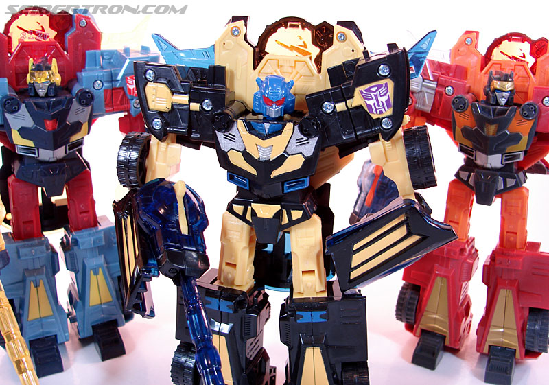 Transformers Convention & Club Exclusives Goldbug (Image #90 of 94)