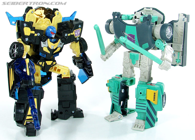Transformers Convention & Club Exclusives Goldbug (Image #94 of 94)