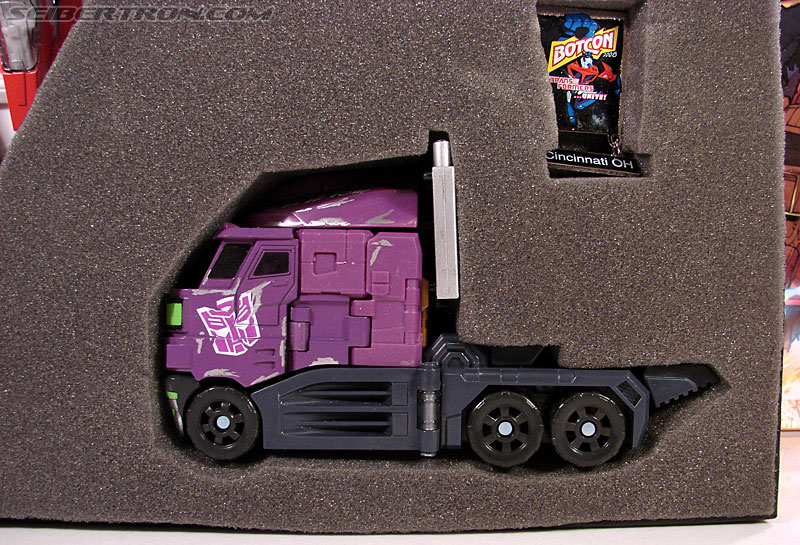 Transformers Convention & Club Exclusives Optimus Prime (Image #30 of 116)