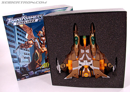 Transformers Convention & Club Exclusives Airazor (Image #20 of 132)