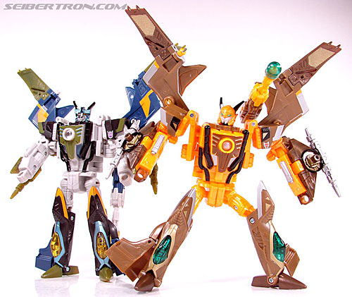 Transformers Convention & Club Exclusives Airazor (Image #96 of 132)