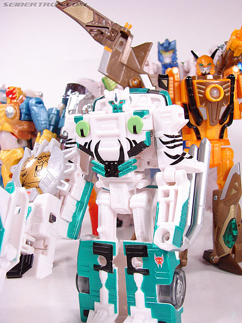 Transformers Convention & Club Exclusives Airazor (Image #120 of 132)