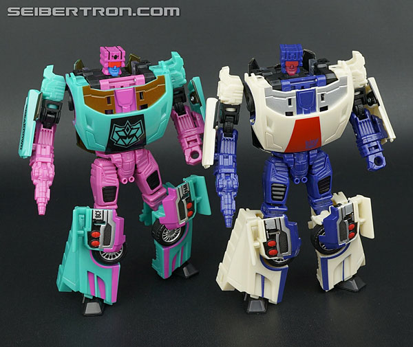 "Transformers News: Twincast / Podcast Episode #77 ""Drop The Mic"""