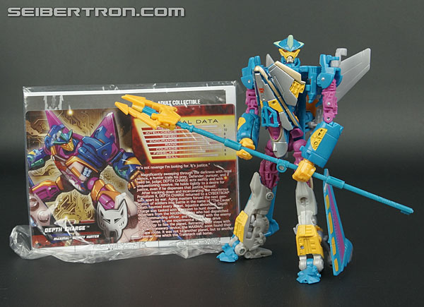 Transformers News: New Gallery: Transformers Collectors' Club Exc