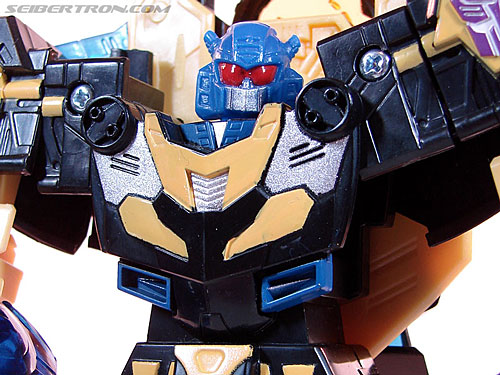 Transformers Convention & Club Exclusives Goldbug (Image #80 of 94)