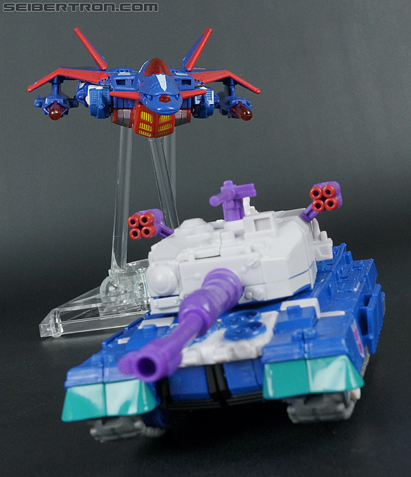 Transformers Convention & Club Exclusives Metalhawk (Image #57 of 153)