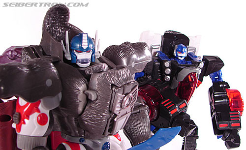 Transformers Convention & Club Exclusives Optimus Primal (Image #177 of 178)