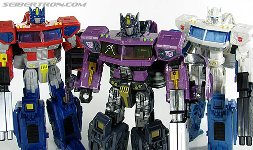 Transformers Convention & Club Exclusives Optimus Prime (Image #112 of 116)