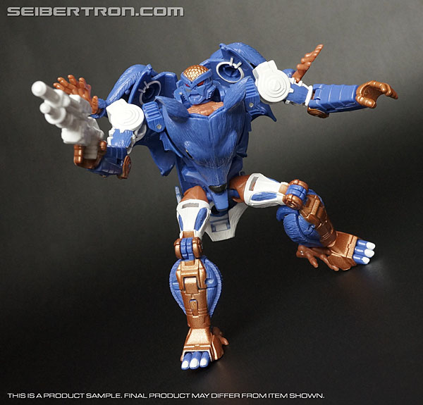 "Transformers News: New Gallery: BotCon 2015 Packrat ""The Thief"""