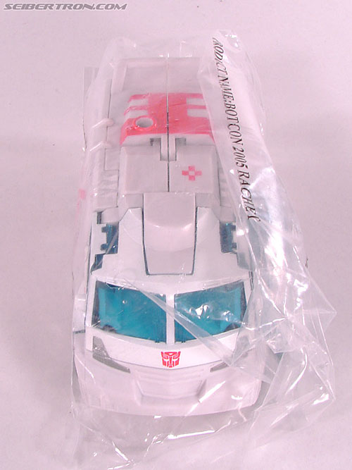 Transformers Convention & Club Exclusives Ratchet (Image #1 of 141)