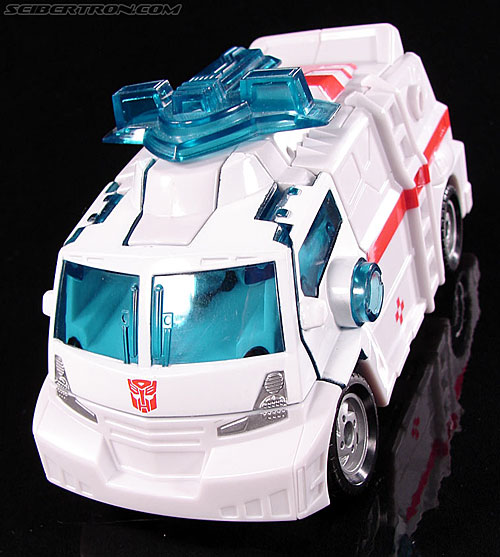 Transformers Convention & Club Exclusives Ratchet (Image #15 of 141)