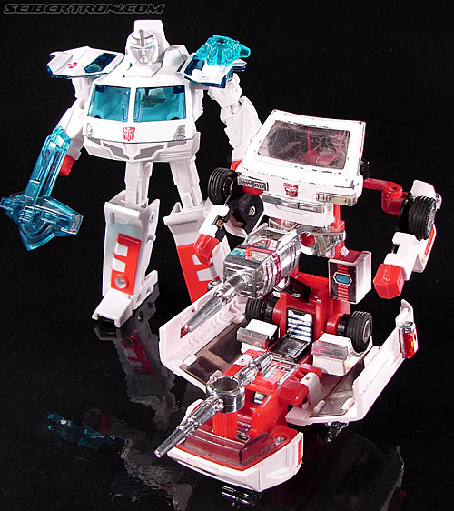 Transformers Convention & Club Exclusives Ratchet (Image #102 of 141)