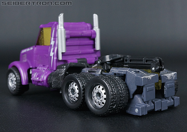 Transformers Convention & Club Exclusives Optimus Prime (Shattered Glass) (Image #16 of 166)