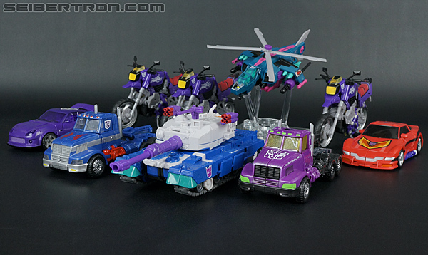 Transformers Convention & Club Exclusives Optimus Prime (Shattered Glass) (Image #31 of 166)