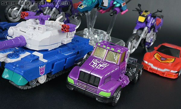Transformers Convention & Club Exclusives Optimus Prime (Shattered Glass) (Image #33 of 166)