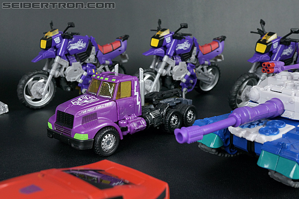 Transformers Convention & Club Exclusives Optimus Prime (Shattered Glass) (Image #37 of 166)