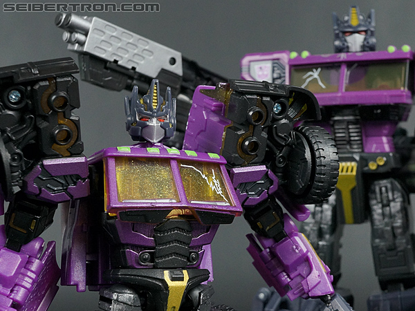 Transformers Convention & Club Exclusives Optimus Prime (Shattered Glass) (Image #116 of 166)