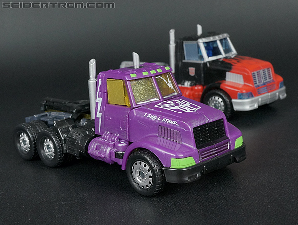 Transformers Convention & Club Exclusives Optimus Prime (Shattered Glass) (Image #165 of 166)
