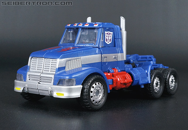 Transformers Convention & Club Exclusives Ultra Magnus (Shattered Glass) (Image #22 of 142)