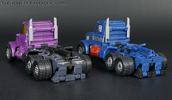 Transformers Convention & Club Exclusives Ultra Magnus (Shattered Glass) (Image #31 of 142)