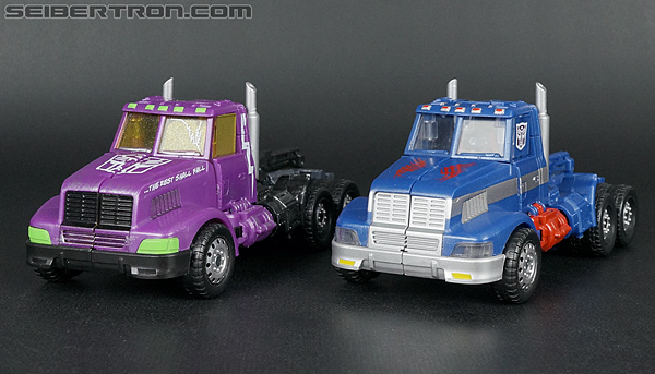 Transformers Convention & Club Exclusives Ultra Magnus (Shattered Glass) (Image #33 of 142)