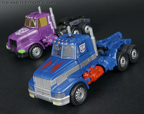 Transformers Convention & Club Exclusives Ultra Magnus (Shattered Glass) (Image #35 of 142)