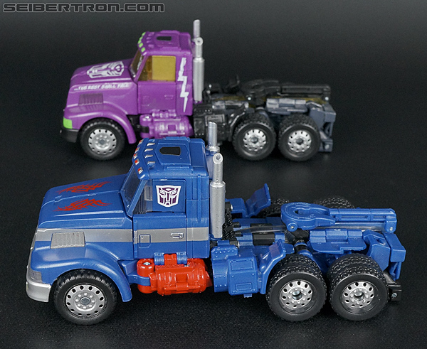 Transformers Convention & Club Exclusives Ultra Magnus (Shattered Glass) (Image #36 of 142)
