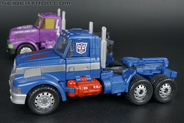 Transformers Convention & Club Exclusives Ultra Magnus (Shattered Glass) (Image #37 of 142)
