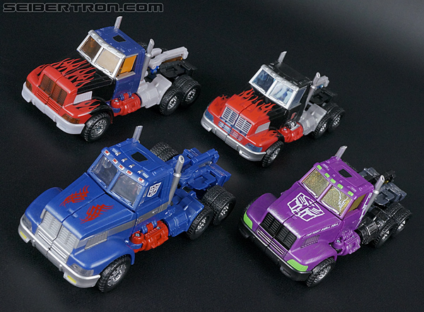 Transformers Convention & Club Exclusives Ultra Magnus (Shattered Glass) (Image #38 of 142)