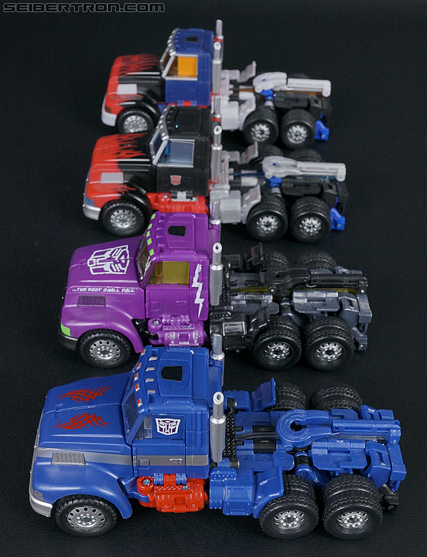 Transformers Convention & Club Exclusives Ultra Magnus (Shattered Glass) (Image #40 of 142)