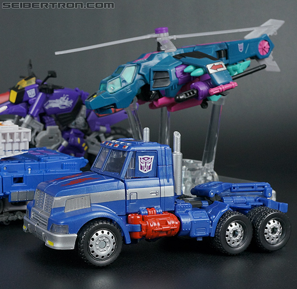 Transformers Convention & Club Exclusives Ultra Magnus (Shattered Glass) (Image #49 of 142)