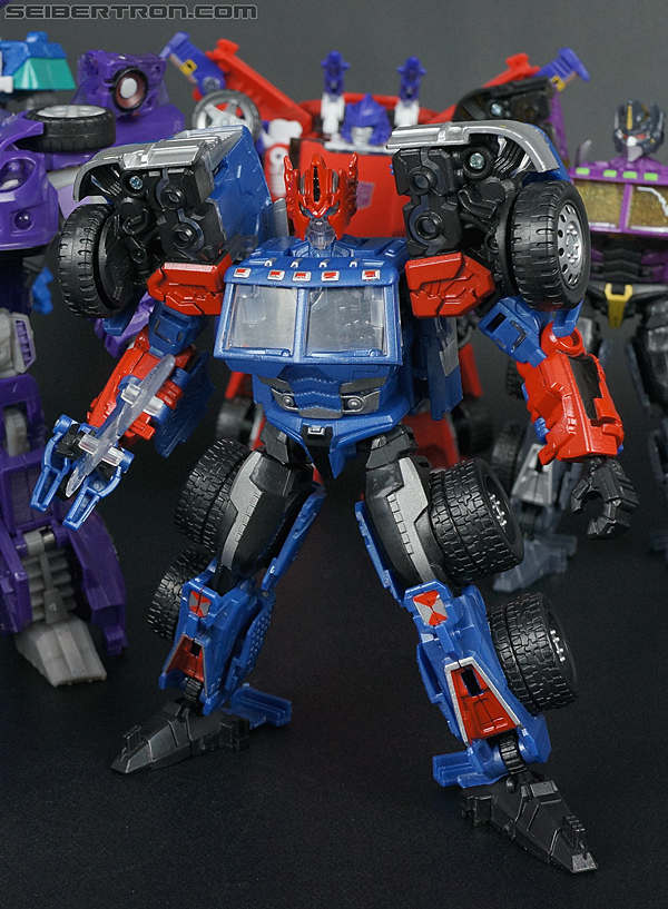 Transformers Convention & Club Exclusives Ultra Magnus (Shattered Glass) (Image #129 of 142)