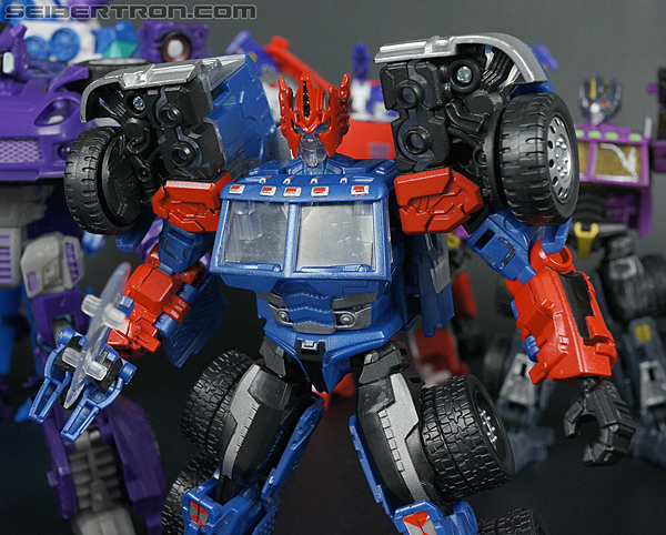 Transformers Convention & Club Exclusives Ultra Magnus (Shattered Glass) (Image #131 of 142)