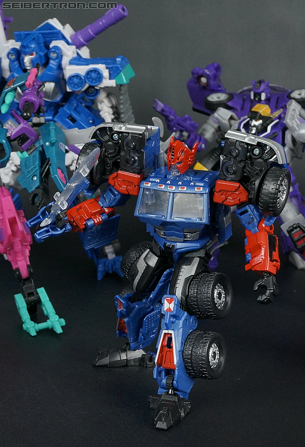 Transformers Convention & Club Exclusives Ultra Magnus (Shattered Glass) (Image #136 of 142)