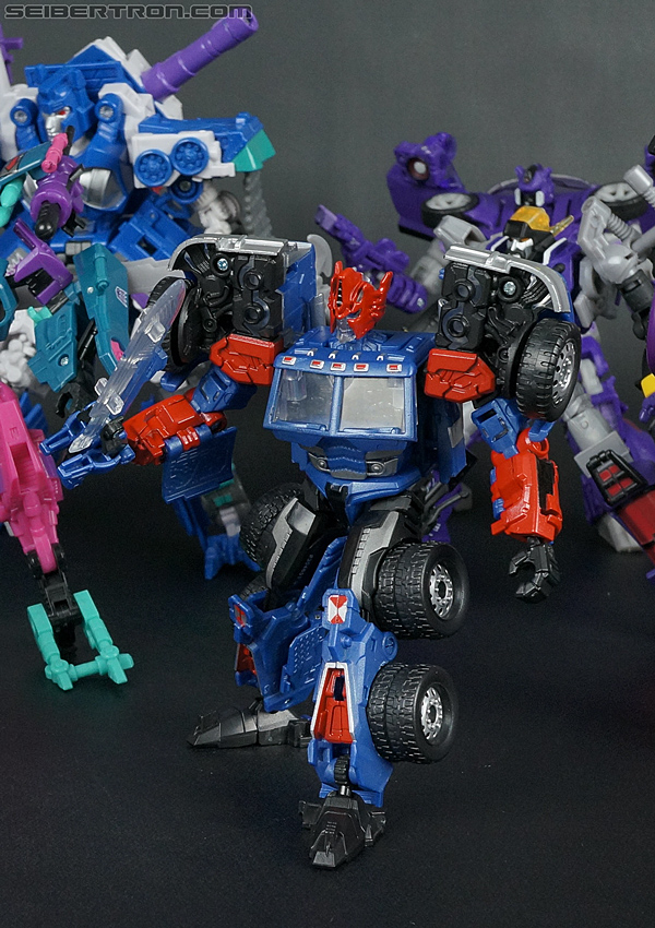Transformers Convention & Club Exclusives Ultra Magnus (Shattered Glass) (Image #138 of 142)