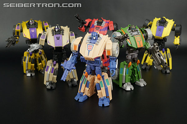 Transformers News: New Gallery: Club Subscription Service Fisitron