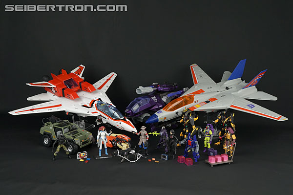 Transformers News: New Galleries: Club Exclusives Marissa Faireborn with Afterbreaker and Old Snake with Stealth B.A.T.