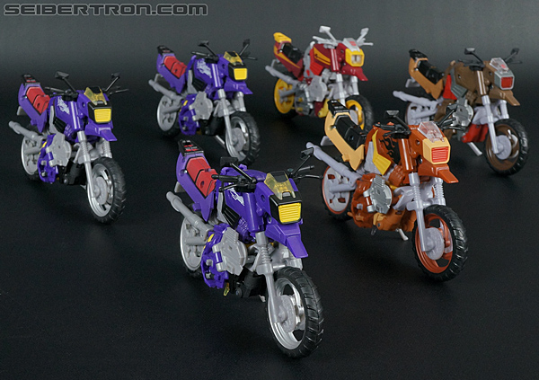Transformers Convention & Club Exclusives Wreck-Gar (Image #42 of 176)