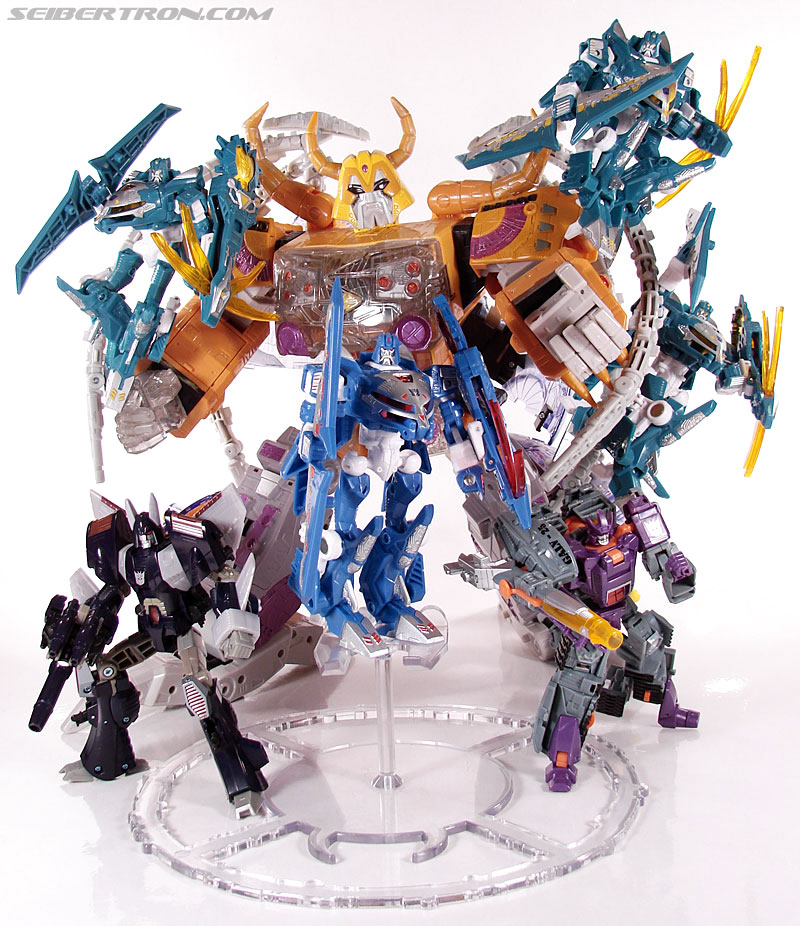 Transformers Convention & Club Exclusives Scourge (Image #119 of 128)