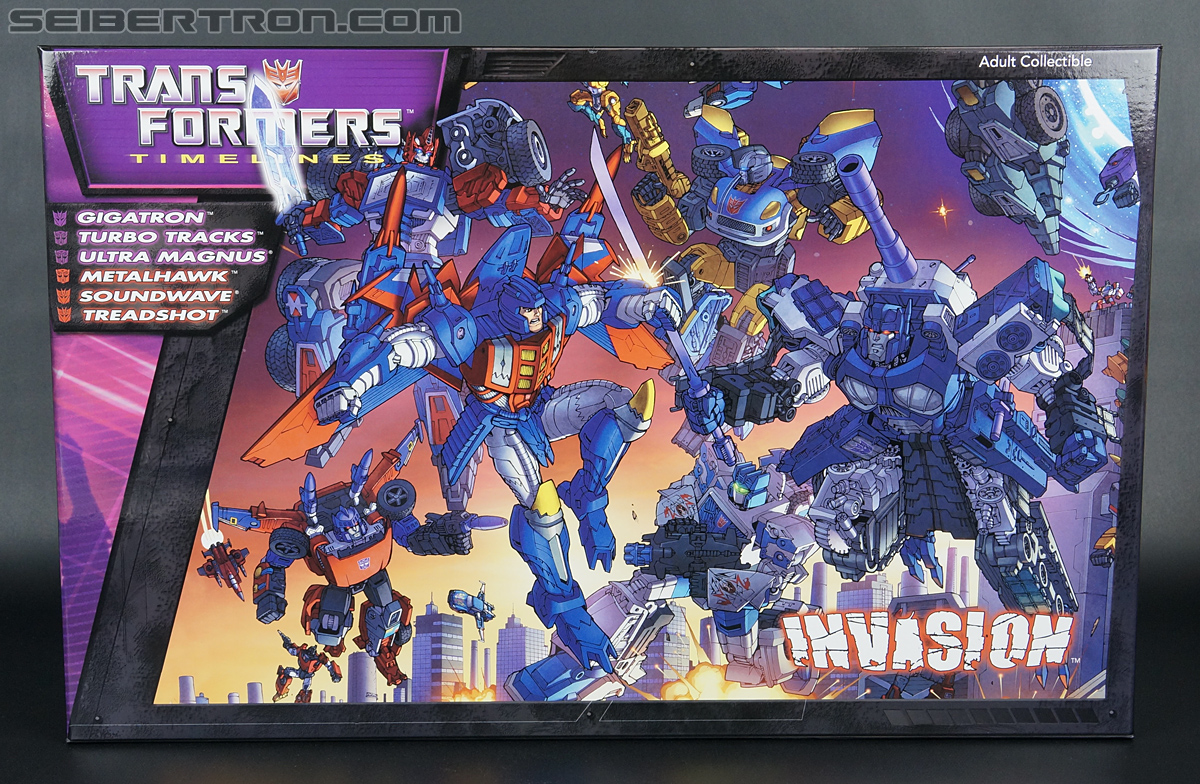 Transformers Convention & Club Exclusives Soundwave (Shattered Glass) (Image #1 of 189)