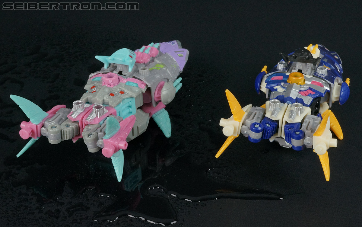 Transformers Convention & Club Exclusives Sharkticon: Sea Shark (Image #49 of 136)