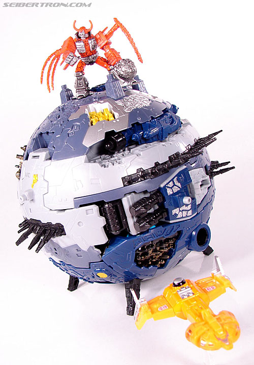 "Transformers Titanium Series Autobot Shuttle ""Ark"" (Image #37 of 37)"