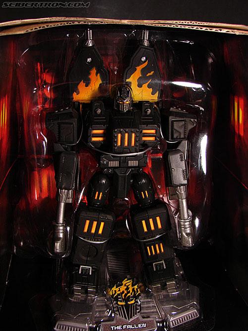 Transformers Titanium Series The Fallen (Image #19 of 106)