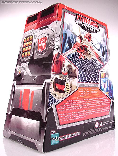 Transformers Titanium Series Jetfire (Image #9 of 67)