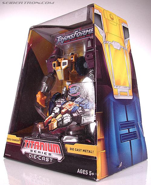 Transformers Titanium Series Optimal Optimus (Image #10 of 71)