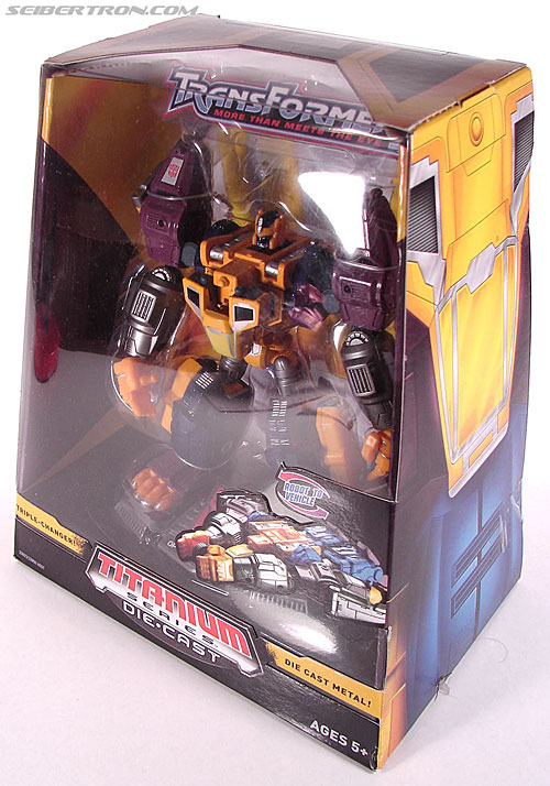 Transformers Titanium Series Optimal Optimus (Image #11 of 71)