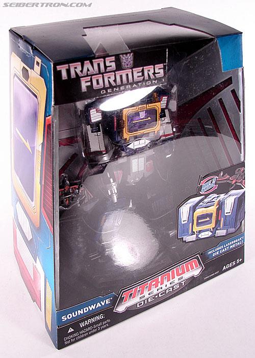 Transformers Titanium Series Soundwave (Image #3 of 99)