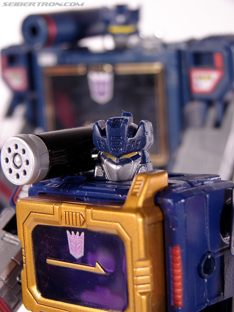 Transformers Titanium Series Soundwave (Image #98 of 99)