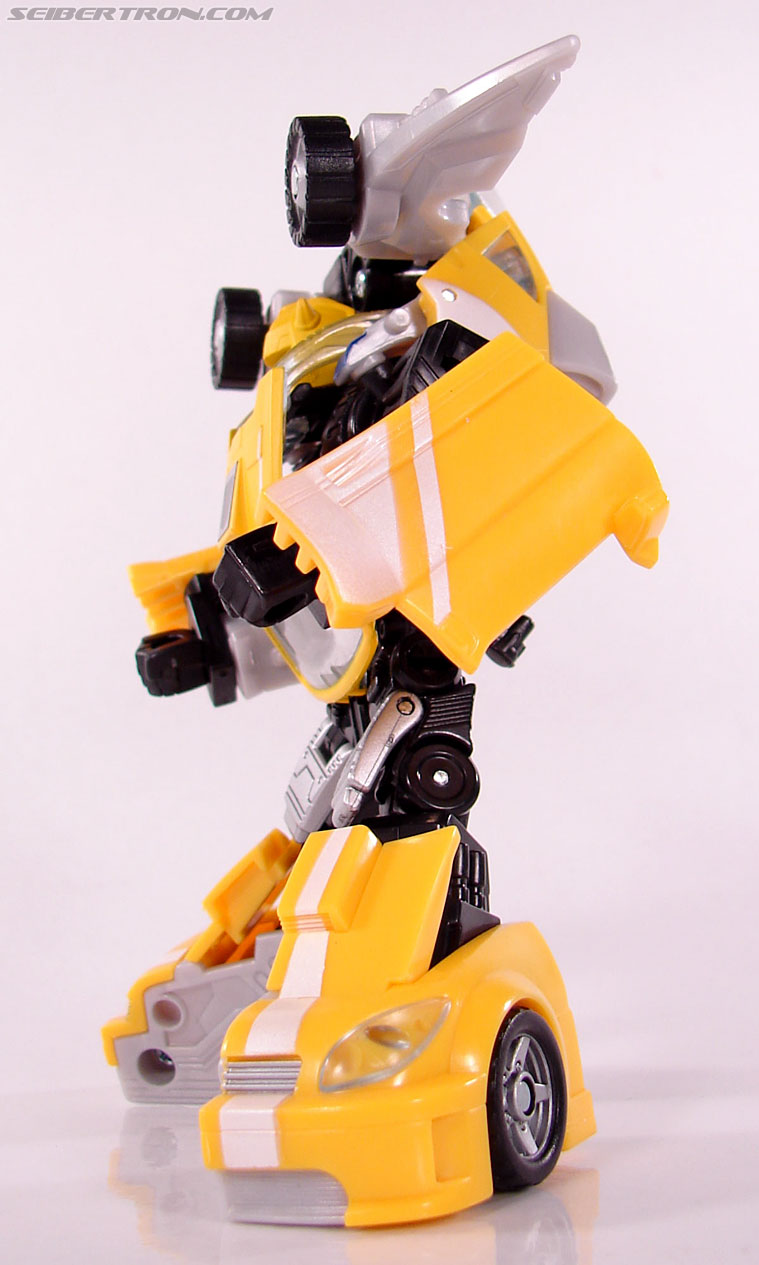 Transformers Classics Bumblebee (Bumble) (Image #75 of 93)