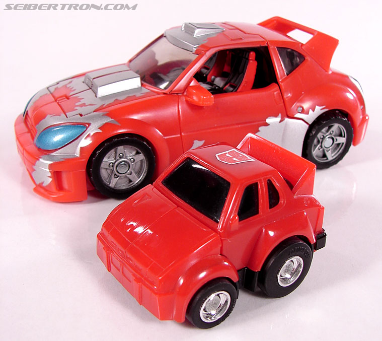 Transformers Classics Cliffjumper (Image #38 of 108)